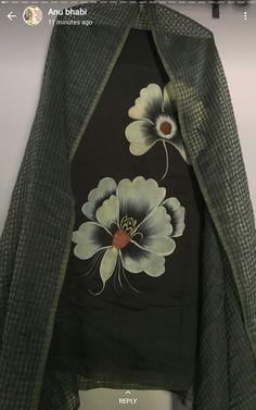 Punjabi Suit Boutique, Punjabi Suits Designer Boutique, Designer Salwar Suits, Designer Dresses, Embroidery Suits Punjabi, Embroidery Suits Design, Embroidery Designs, Fabric Paint Shirt, Gota Patti Saree