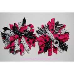 Love color scheme for these korker bows.