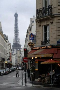 Le Recruitment Cafe~ one of my favorite restaurants on one of my favorite corners in Paris. Just look at that view!