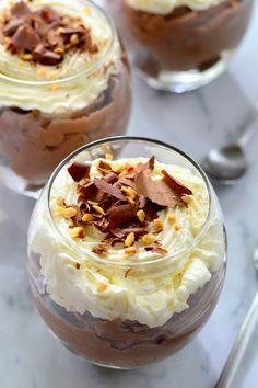 Mogyorókrémes pohárkrém recept - Kifőztük, online gasztromagazin Desserts In A Glass, Sweet Desserts, Feta, Winter Food, Cake Cookies, Fudge, Food And Drink, Low Carb, Cooking Recipes
