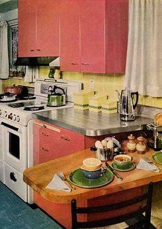 Kitchen Retro, Old Kitchen, Vintage Kitchen, Retro Kitchens, Pink Kitchens, Vintage Interior Design, Vintage Interiors, Interior Design Kitchen, Interior Colors