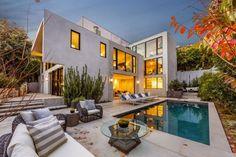 20歳のスーパーモデル、ケンドール・ジェナが購入した 6億5千万円の豪邸の全景!
