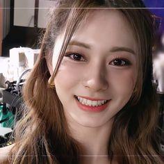 Chou Tzu Yu, Korean Beauty Girls, Twice Once, Tzuyu Twice, Beautiful Asian Girls, Me As A Girlfriend, Cute Girls, Singer, Pretty
