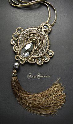 Bead Embroidery Jewelry, Fabric Jewelry, Boho Jewelry, Beaded Jewelry, Jewelery, Jewelry Accessories, Jewelry Design, Fashion Jewelry, Woven Bracelets