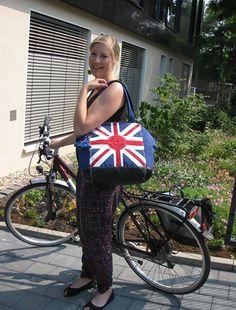 Die perfekte Tasche fürs Büro, Freibad oder zum Shoppen: der Shopper von Kipling!