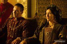 The Tudors - queen Catherine of Aragon and king Henry VIII Tudor Era, Tudor Style, Princess Elizabeth, Mary Elizabeth, King Henry, Henry Viii, Katharina Von Aragon, Callum Blue, Enrique Viii