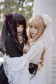 Gothic Lolita                                                       …  예뻐