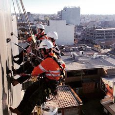 A day on the job #painting with #dulux #melbourne #ropeaccess #safetyatheights #heightsafety