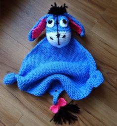 Fannysbuntewelt: Häkelanleitung Kuscheltuch Esel ~ Eeyore has to be translated but he is a cutie any toddler would love ~ FREE - CROCHET Crochet Gifts, Cute Crochet, Crochet For Kids, Crochet Dolls, Crochet Teddy, Knitting Projects, Crochet Projects, Knitting Patterns, Crochet Patterns