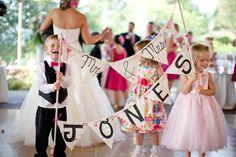 http://wheelandphotography.com/wp-content/uploads/2013/04/Cute-kids-wedding.jpg
