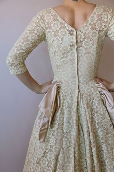 Gorgeous Vintage Ivory Floral Lace Formal Dress by AntyShanty, $80.00