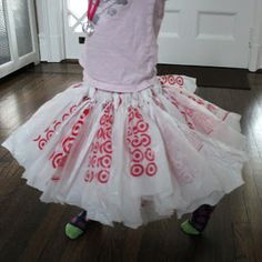 Rachael Rabbit: Tutu Tutorial Recycled Plastic Bag Tutu. this would work great with those little colored newspaper bags