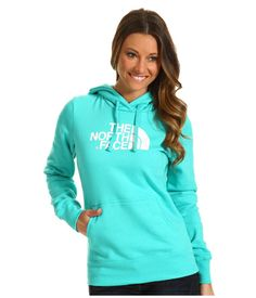honestly every girl needs a good hoodie for the fall and winter and i think this one is really cute. #thenorthface #love #favoritecolor