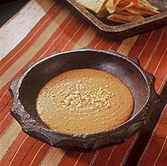 Salsa de Cacahuate y Chile Arbol y Guajillo - Peanut salsa with arbol and guajillo chiles by Rick Bayless. This versions oven roasts ingredients - Authentic Mexican Recipes, Mexican Salsa Recipes, Mexican Dishes, Chutney, Sauce Salsa, Real Mexican Food, Rick Bayless, Recipe 21, Peanut Recipes
