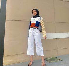 Casual Hijab Outfit, Ootd Hijab, Hijab Chic, Casual Outfits, Modest Outfits, Simple Outfits, Hijab Fashion Inspiration, Style Inspiration, Modern Hijab