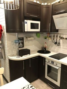 Good-looking galley kitchen - Hayat Kisa Diy Kitchen Storage, Kitchen Cabinet Design, Interior Design Kitchen, Ikea Galley Kitchen, Narrow Kitchen, Custom Kitchens, Home Kitchens, Kitchen Furniture, Kitchen Decor