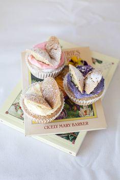 Flower Fairy Cupcakes! #Vegan butterfly cakes inspired by C M Barker's books | wallflowergirl.co.uk