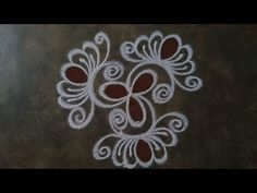 Rangoli Designs Flower, Rangoli Designs Diwali, Kolam Rangoli, Beautiful Rangoli Designs, Simple Rangoli, Flower Designs, Free Hand Rangoli Design, Small Rangoli Design, Padi Kolam