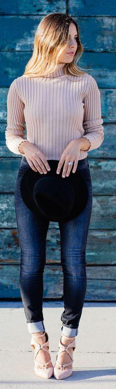 Sivan Naylan Jeans Blush Turtleneck And Heels Fall Inspo