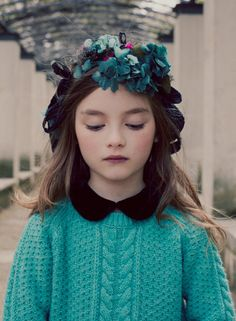 A beautiful green kids fall fashion story shot for Luna Magazine by melanie Rodriguez with a delicate romantic feeling Fashion Kids, Little Girl Fashion, Fashion Story, Autumn Fashion, Bebe Love, Steven Meisel, Stylish Kids, Kid Styles, Beautiful Children