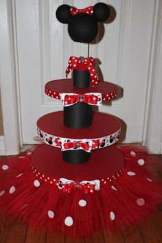 Minnie mouse cupcake stand Dollar tree plates and candle holders