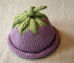 Free baby berry beanie pattern