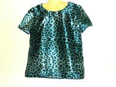 Blue Satin Animal Print T Shirt Top Womens Retro Size UK 16 Frilly Shirt, Animal Print T Shirts, Custom Made T Shirts, Formal Tops, Blue Satin, Work Shirts, Retro, Accessories, Women