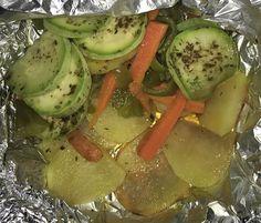 PAPILLOTE DE VERDURAS FUSSIONCOOK: Papel albal y verduras al gusto. Menu horno 6 minutos y reposar cerrado 15 minutos. (la  parte brillante que toque el alimento).