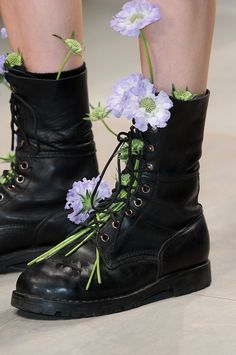 9 Perfect Tips AND Tricks: Casual Shoes Purses black shoes outfit.Slip On Shoes Heels formal shoes haute couture.All Yeezy Shoes. Shoes 2018, Prom Shoes, Shoes Heels, Sandals 2018, Louboutin Shoes, Shoes Men, Converse Shoes, Adidas Shoes, Shoes Sneakers