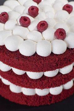 The 10 tips for a perfect cake according to the best confectioner in Latin America - Red Velvet Cake Red Velvet Cake, Osvaldo Gross, Chocolate Fundido, Cake Decorating Techniques, Baking Tips, Cake Designs, Fudge, Cake Recipes, Raspberry