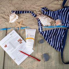Kofferverlust? Sonnenbrand? Wir haben für dich ein paar Tipps gesammelt, wie du solche Probleme lösen kannst. #Sonnenbrand #DIY #Selbermachen #Sommer #Urlaub #Kofferverlust Organic Beauty, Suitcase, Couple, First Aid, Make Your Own, Vacation, Tips, Bags