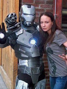 Fan Hace La Armadura de Iron Man  cómics  geek cosplay