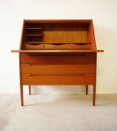alte loft industrie design kommode tv board werkbank 1950. Black Bedroom Furniture Sets. Home Design Ideas