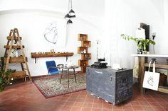 Boho Vintage Concept Store, Prague : consultez 2 avis, articles et 42 photos de Boho Vintage Concept Store, classée n°70 sur 264 activités à Prague sur TripAdvisor.