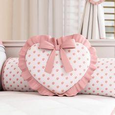 🖐APRENDE A CONFECCIONAR COJINES DECORATIVOS PASO A PASO GUÍA COMPLETA 🖐 Cute Pillows, Baby Pillows, Kids Pillows, Shabby Chic Pillows, Pillow Crafts, Pillow Inspiration, Sewing Pillows, Diy Halloween Decorations, Baby Decor
