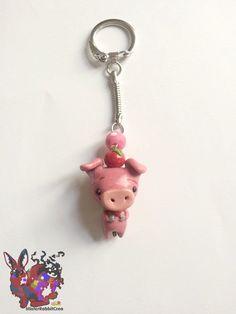 Porte clé Lovely Pig de la boutique MisterRabbitcrea sur Etsy
