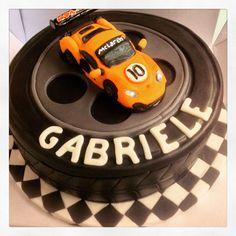 McLaren MP4 torta di compleanno