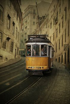 Carreira nº 28 en Lisboa Explore, Photos, Lisbon, Career, Urban Architecture, Trains, Facades, Street, Urban
