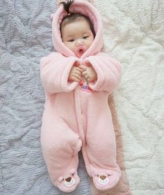 and baby ulzzang (notitle) Cute Asian Babies, Korean Babies, Asian Kids, Cute Babies, The Babys, Baby Pictures, Baby Photos, Japanese Babies, Kids Girls