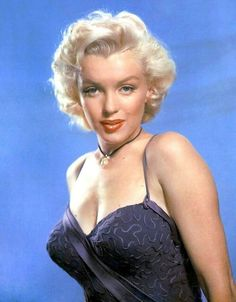 Marilyn Monroe in a publicity photo for Gentlemen Prefer Blondes, Frank Powolny, Rare Marilyn Monroe, Marilyn Monroe Photos, Gentlemen Prefer Blondes, Hollywood Actresses, Old Hollywood, Portrait Photos, Portrait Studio, Cinema Tv, Actrices Sexy