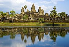 33 The Most Beautiful and Breathtaking Places in the World -Angkor Wat, Cambodia
