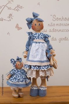 Best 12 Ginger Melani e sua baby (kit completo) Gingerbread Crafts, Christmas Gingerbread Men, Gingerbread Decorations, Christmas Crafts, Primitive Doll Patterns, Cute Disney Drawings, Baby Kit, Sock Animals, Pretty Dolls