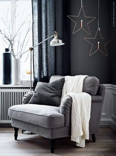 grey winter mood (via Livet Hemma – IKEA) (my ideal home.) - grey winter mood (via Livet Hemma – IKEA) (my ideal home…) grey winter mood (via Livet Hemma – IKEA) My Living Room, Living Room Chairs, Home And Living, Living Room Decor, Dining Chairs, Lounge Chairs, Beach Chairs, Small Living, Ikea Living Room Furniture