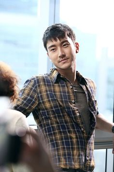 Super Junior′s Choi Siwon Opens Up About the ′She Was Pretty′ Ending