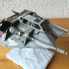 Photo by BeatEggimann Star Wars Crafts, Star Wars Art, Star Trek, Star Wars Spaceships, X Wing Miniatures, Star Wars Vehicles, Star Wars Models, Modeling Techniques, Battle Fight