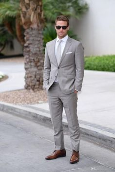 Men's Suits - Light Gray Wedding Mens Suits Slim Fit Bridegroom Tuxedos Men Two Pieces Groomsmen Suit Cheap Formal Business Jackets With Tie Tux Shirt Styles Wedding Costumes For Mens From Dresstop, &Price; Grey Suit Wedding, Wedding Men, Trendy Wedding, Wedding Styles, Formal Wedding, Wedding Groom, Wedding Attire For Men, Summer Wedding Suits, Menswear Wedding