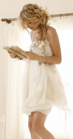 Love the hair and the dress. So soft looking