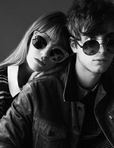Oxydo Sunglasses for Vanidad, featuring Mercedes Bellido and Álvaro Naive, shot by Pablo Curto #couple #sunglasses #portrait #fashion #levis #oxydosociety #oxydo #illustrator #musician