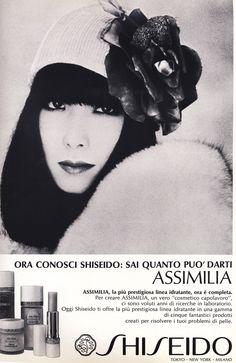beauty-is-a-warm-gun: A Shiseido ad. Vintage Makeup, Vintage Beauty, Vintage Ads, Vintage Fashion, Trendy Fashion, Yamaguchi, Beauty Ad, Asian Beauty, Amazing Photography
