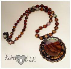 """Necklace """"Secret beach"""" Made of: Japanese seed beads, Jasper and sodalite, leather and brass tone details. ------------------------------ Collana """"La spiaggia segreta"""" Fatto con: Perline giapponesi, diaspro e sodalite, pelle e dettagli color ottone."""